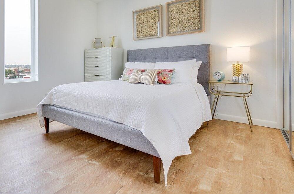 Có nên mua giường ngủ giá rẻ cho gia đình?